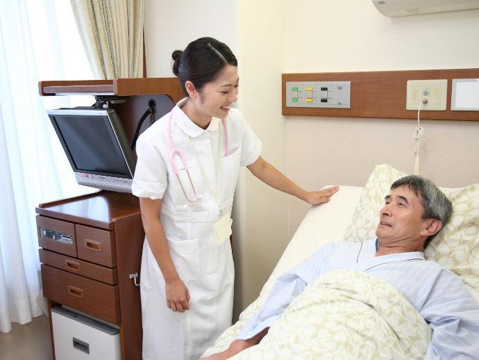 ★患者さまに快適に過ごしていただけるようにしっかりと体調の管理も行います。