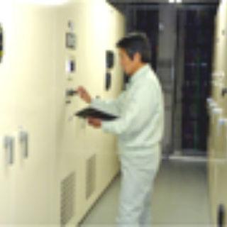 受変電設備の点検