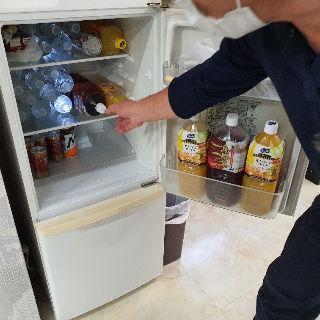 冷蔵庫内の飲み物飲み放題